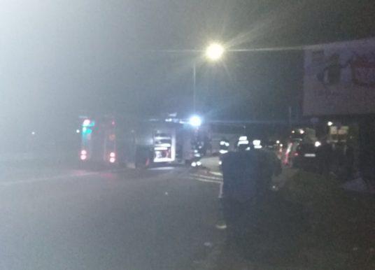Poginuo vozač automobila u sudaru sa autobusom, putnici nepovređeni